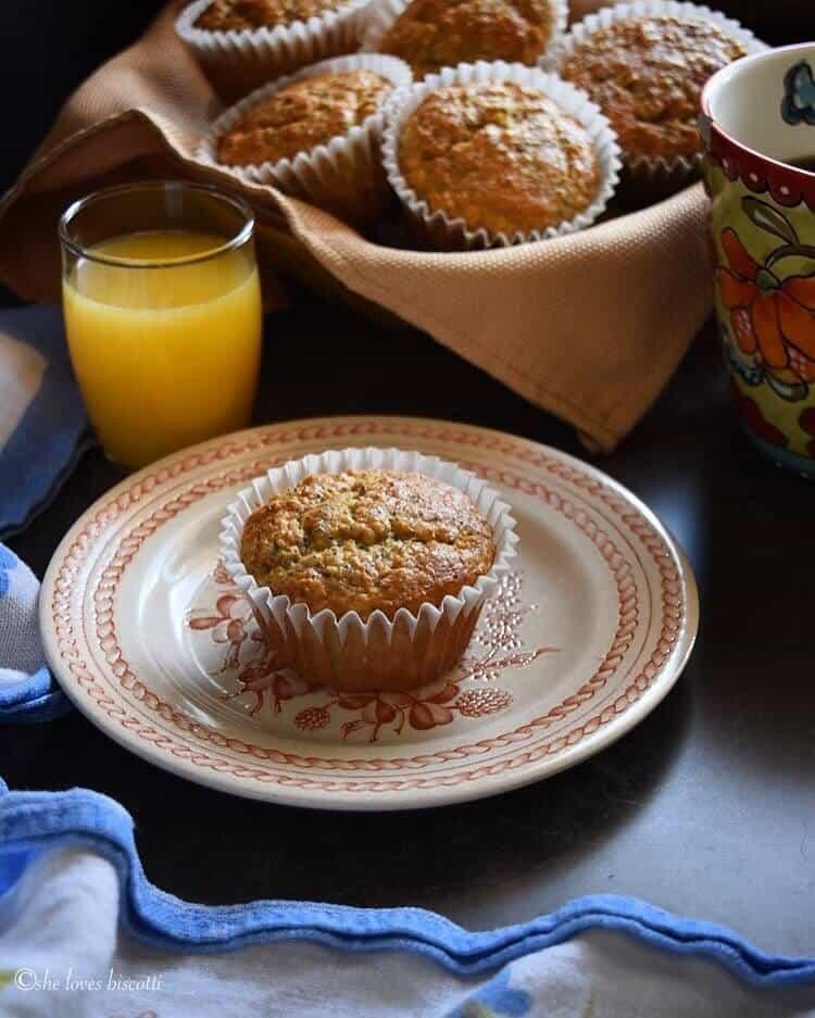 Lemon Poppy Seed Buttermilk Oatmeal Muffins