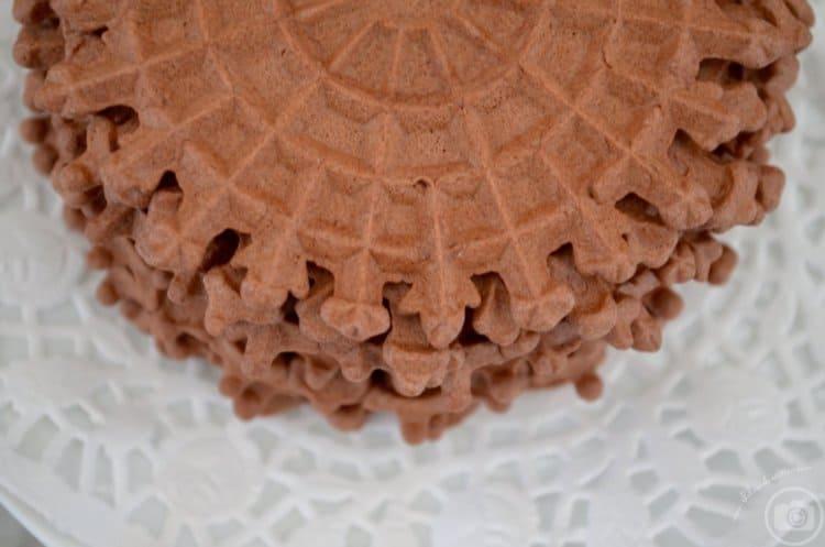 Chocolate Pizzelle della nonna