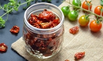 Sun dried Cherry Tomatoes: An easy DIY recipe