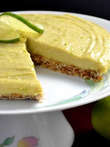 Vegan No Bake Key Lime Avocado Pie