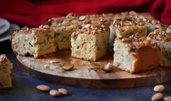 Almond Apple Square Cake