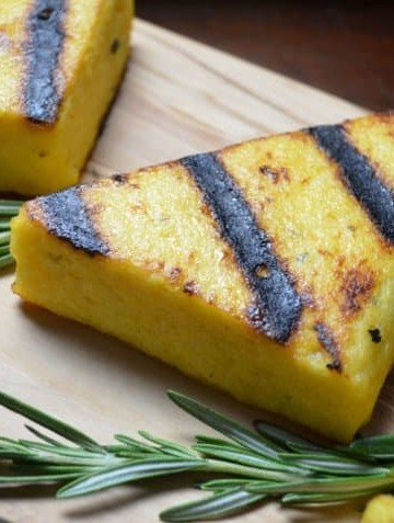 Easy Garlicky Grilled Polenta #SundaySupper