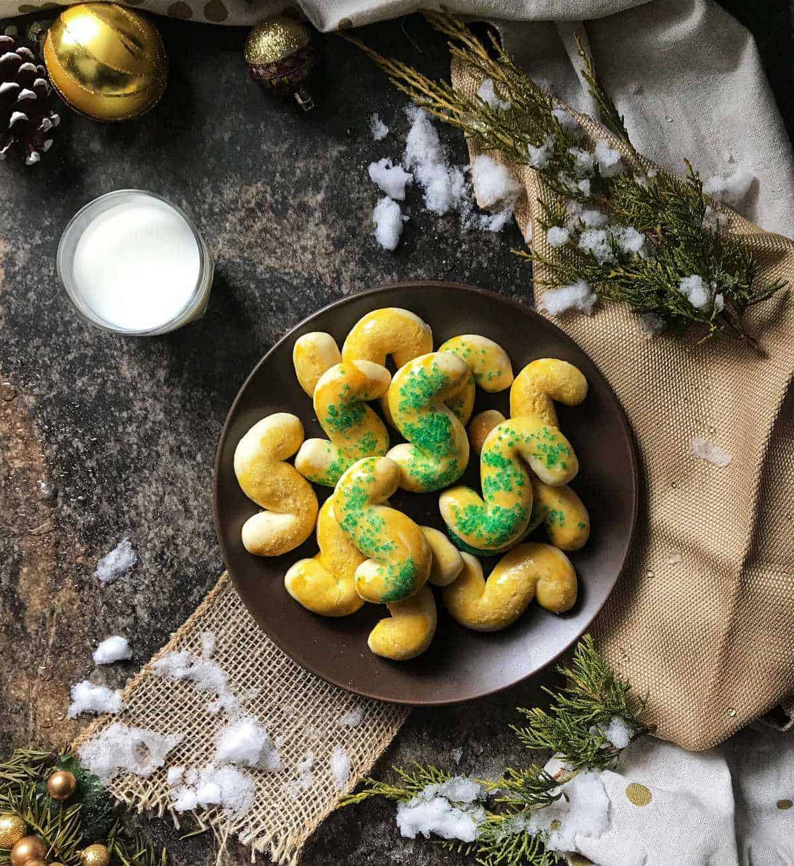 An overhead shot of Italian Christmas cookies.
