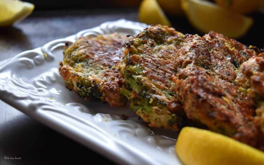 Cheesy Oven Baked Broccoli Fritters