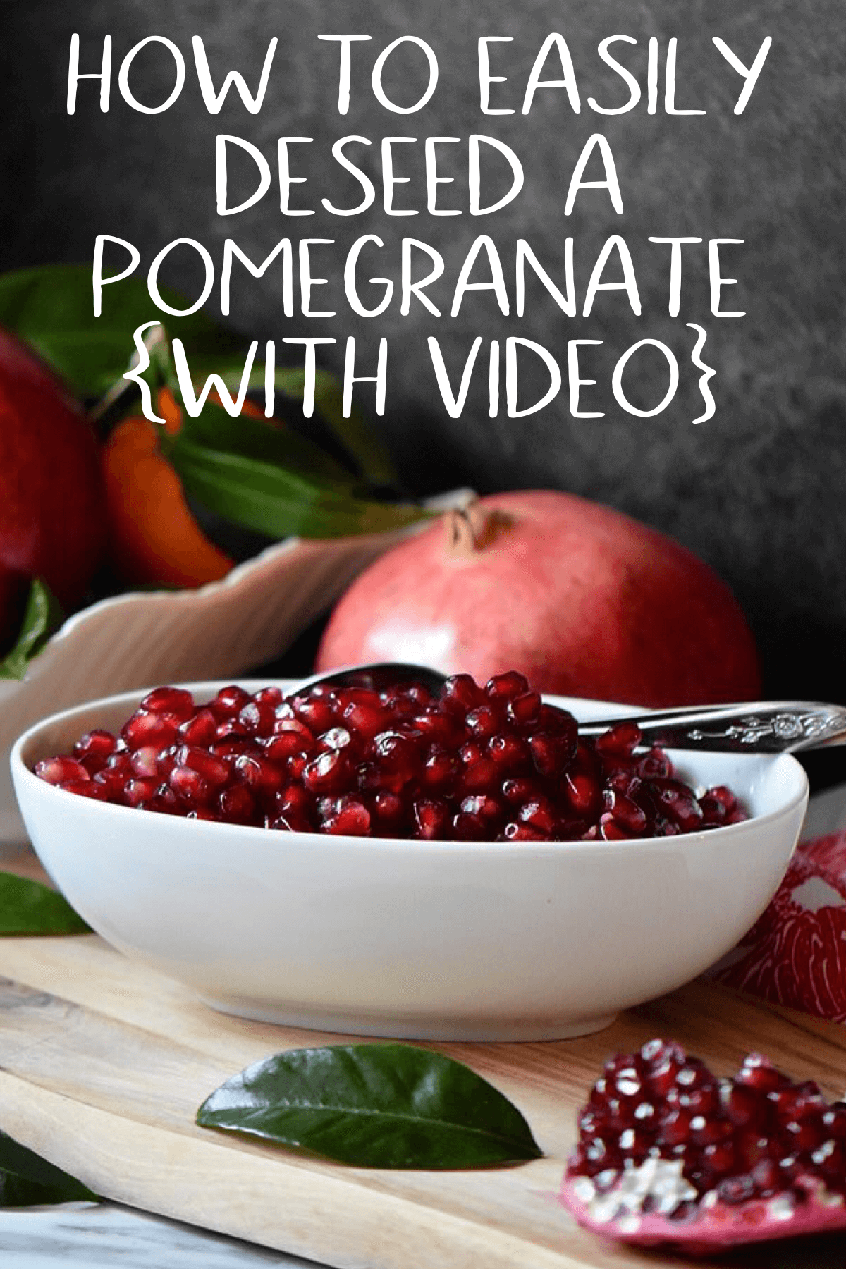 How to Easily Remove Pomegranate Seeds: This will quickly become your go-to method to deseed a pomegranate. #shelovesbiscotti #howto #fallfood #pomegranate  #pomegranate #how to deseed video