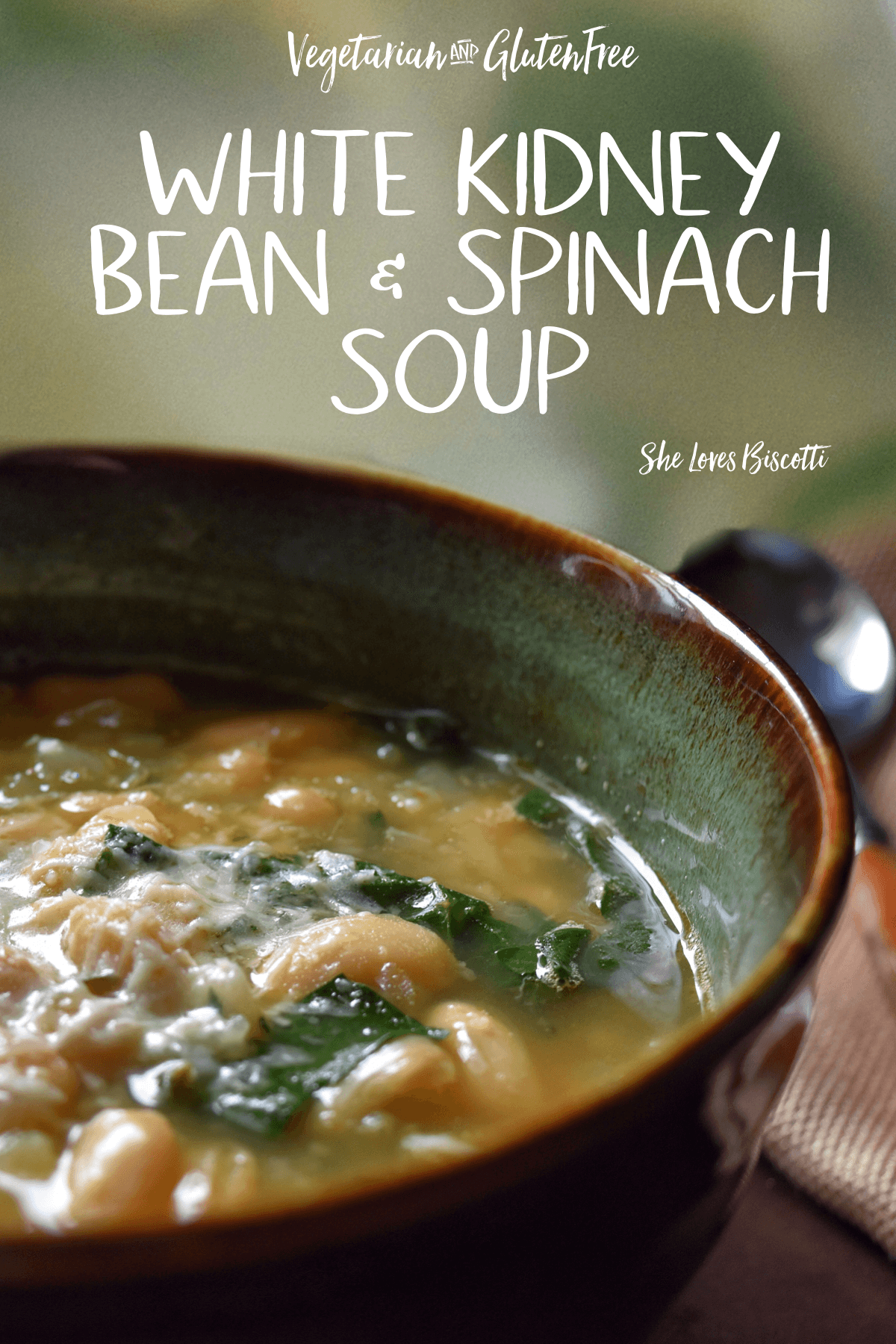 This Easy White Kidney Bean and Spinach Soup recipe is not only good for you, but good-tasting too. An easy recipe for a healthy and hearty soup. Vegetarian and Gluten free  #spinachsoup #soup #kidneybean #glutenfreesoup #comfortsoup #wintersoup #fallsoup #homemadesouprecipes #whitebeansoup #souprecipe