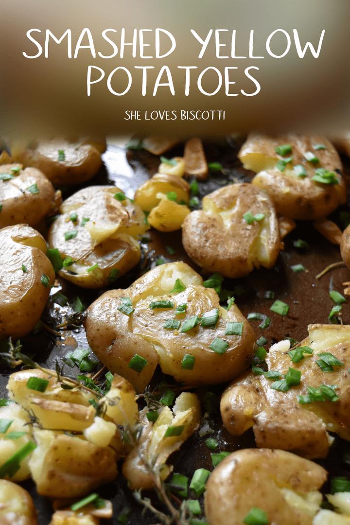 Smashed Yellow Potatoes ||  Garlic Potatoes || Chives Garlic Potatoes #smashedpotatoes #roastedpotatoes #yellowpotatoes  #garlicpotatoes