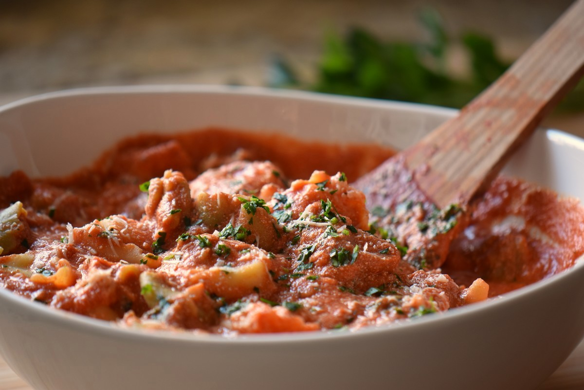 A big bowl of tortellini with ricotta tomato sauce.