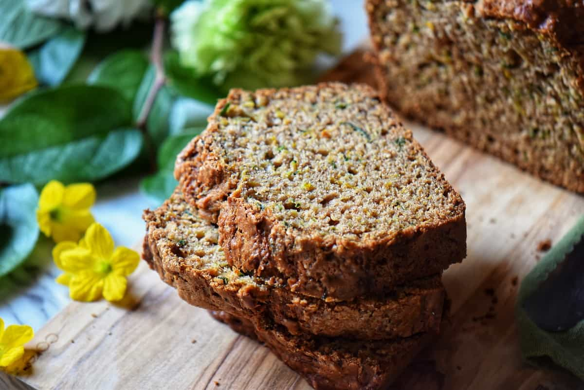 A stack of slices of zucchini bread.