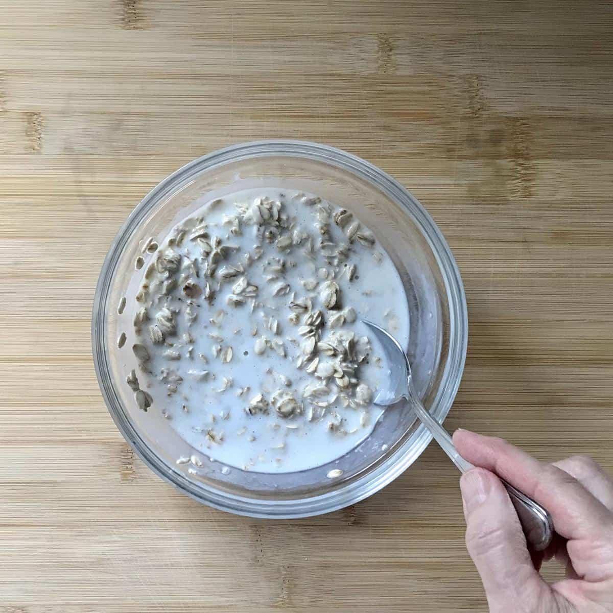 Oats soaking in buttermilk.